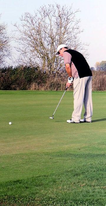 Korruption: Einkäufer beim Golfspiel