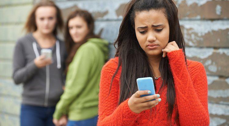 Beim Stalking und Mobbing werden die Täter werden immer jünger. Cyber-Mobbing unter Schülern