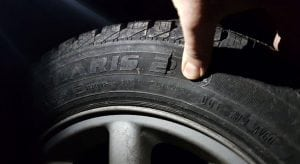 Kinderschänder zersticht Reifen am Auto der Kindesmutter - Untersuchungshaft angeordnet